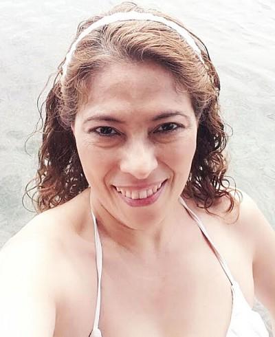 salvadorian girlfriend